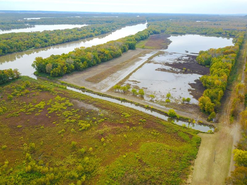 Browning IL Waterfowl Hunting Farm : Browning : Schuyler County : Illinois