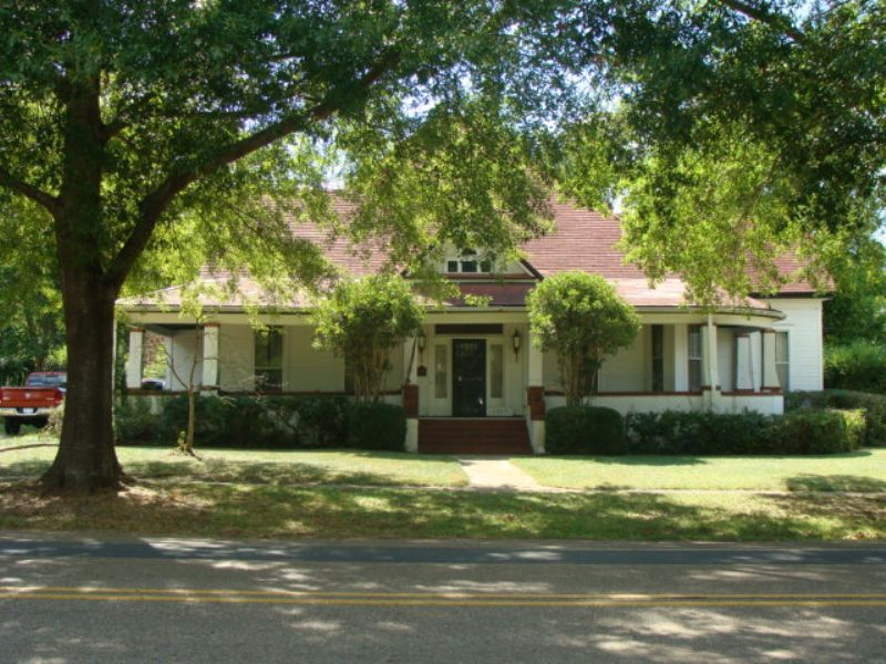 4 Bedroom 2 Bath Home Auction : Gibsland : Bienville Parish : Louisiana