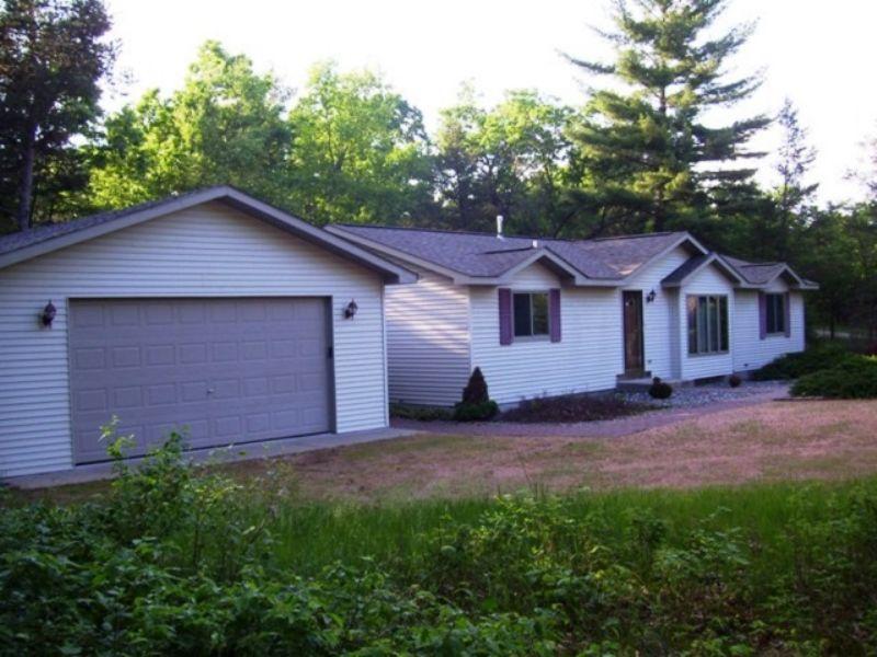 Castle Rock Lake Retreat Auction : Friendship : Adams County : Wisconsin