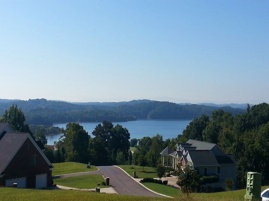 Legacy Bay Multi-lot Auction : Mooresburg : Hawkins County : Tennessee