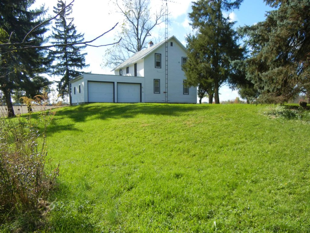 Country Home, Farm & Land Auction : Willard : Huron County : Ohio