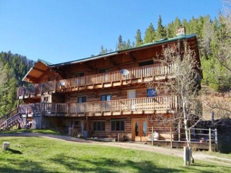 Duvall Inn Real Estate Auction : Lewistown : Fergus County : Montana