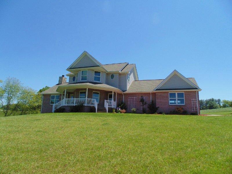 Country Home Auction : Floyd : Floyd County : Virginia