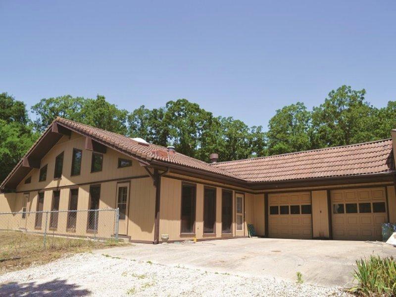 Home & Land Auction : Ada : Pontotoc County : Oklahoma
