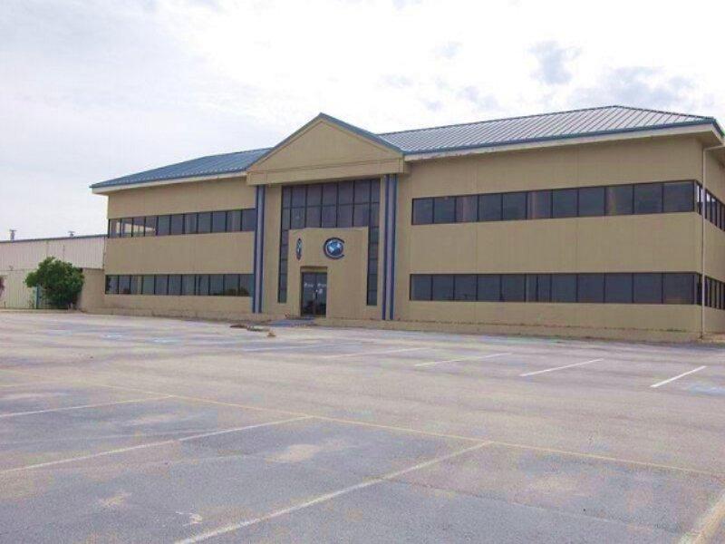 Commercial Real Estate Auction : Pleasanton : Atascosa County : Texas