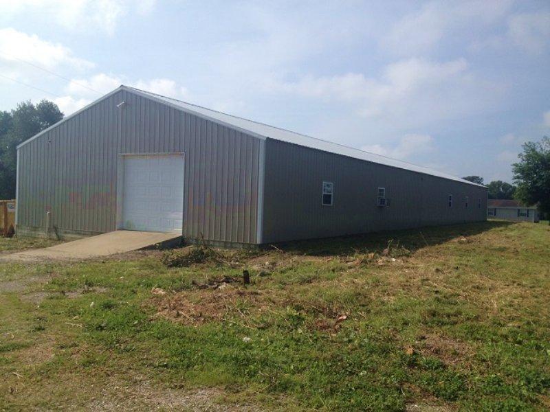 Absolute Auction - Building & Land : Park City : Barren County : Kentucky