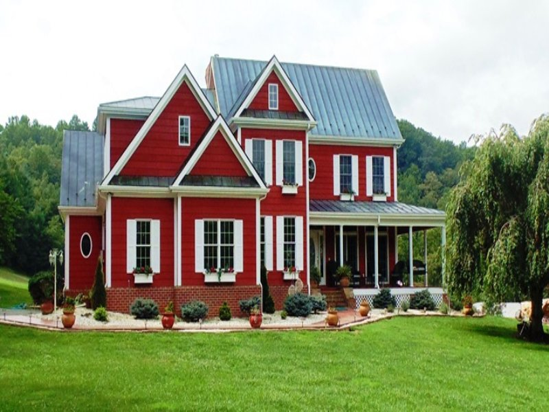 Luxury Living On The Little River : Floyd : Floyd County : Virginia